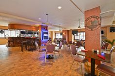 The Fourth Street Grill & Ale House is a popular restaurant located within the Genetti Hotel.