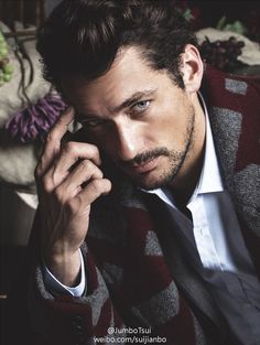'The Timeless Man' David Gandy covers FHM Collections China A/W 2014 edition; photos by clothing by In the aptly-titled editorial, Jumbo Tsui beautifully captures David Gandy's. David Gandy, Gq Style, Magazine Gq, Poses Modelo, Justine, Dolce E Gabbana, Hottest Models, Perfect Man, Sensual