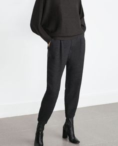Image 4 of LOOSE-FIT TROUSERS from Zara (sm)