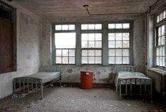 Creepy Photos of Abandoned Insane Asylums on The Orange Co.