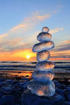 "etherealvistas: "" Jewelry ice tower (Japan) by Yoshitaka Maekawa Ocean Wallpaper, Nature Wallpaper, Wallpaper Backgrounds, Sea Glass Colors, Sea Glass Art, Nature Pictures, Belle Photo, Aesthetic Wallpapers, Cute Wallpapers"