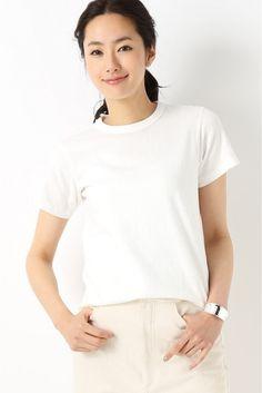 Filemelange DIZZ クルーネックTシャツ  Filemelange DIZZ クルーネックTシャツ 9180 2016SS Filemelangeフィルメランジェ 2007年に東京で生まれた最高品質のカットソーのブランド フィルメランジェとは混色のMelange 糸(Filという意味の造語 原点を大切にできる限りシンプルな発想で自然の摂理に逆らわないもの作りを継続しています モデルサイズ:身長:168cm バスト:81cm ウェスト:59cm ヒップ:88cm 着用サイズ:フリー