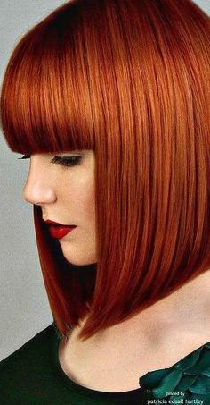 Trends Bob Frisuren -copper blunt straight across bangs blunt bob Redhead Hairstyles, Short Bob Hairstyles, Cool Hairstyles, Hairstyle Ideas, Casual Hairstyles, Curly To Straight Hair, Red Bob Hair, Copper Red Hair, Copper Color
