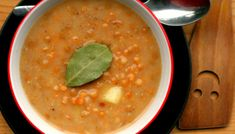 Mliečna šošovicová na kyslo Ale, Ethnic Recipes, Food, Ale Beer, Essen, Meals, Yemek, Eten, Ales
