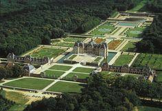 Vaux Le Vicomte Interior | Vaux-le-Vicomte, aerial. Le Notre, landscape architect; Le Vau ...