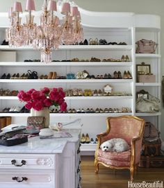 Dream shoe closet...Hello beauties!!