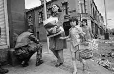 These Pictures Show What Life Looked Like During The Troubles Martin Mcguinness, Northern Ireland Troubles, Knowledge Society, Mulberry Bush, Tribal Community, Northern Irish, Fear Of The Unknown, British Prime Ministers, British Government