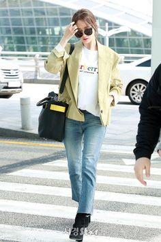 Snsd Fashion, Korean Fashion, Girl Fashion, Kim Hyoyeon, Yoona Snsd, Airport Style, Airport Fashion, Summer Outfits, Cute Outfits