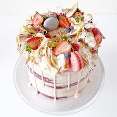 """Cakes By Cliff on Instagram: """"#cakesbycliff50kgiveaway Cake design for @katgeorge_. She opted for the red velvet cake with vanilla bean buttercream topped with a crown of toasted meringue, berries, macarons, figs and crushed pistachios. #cakesbycliff"""""""