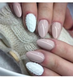 #nails #nudenails #sweather #winter