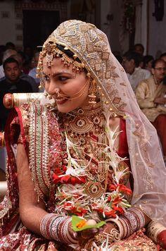 beautiful Indian bride! | The Big Fat Gujarati Indian Wedding