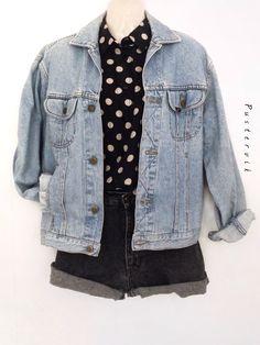 Mein 90er Jeansjacke Original Vintage Lee Denim Jacke Oversize Urban Style   von Lee! Größe Uni für 42,00 €. Sieh´s dir an: http://www.kleiderkreisel.de/damenmode/jeansjacken/141384720-90er-jeansjacke-original-vintage-lee-denim-jacke-oversize-urban-style.