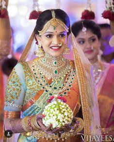 20 Unique Jewellery That We Spotted On Real Brides Recently South Indian Bridal Jewellery, Indian Bridal Sarees, Indian Bridal Makeup, Indian Jewelry, Bridal Jewelry, Gold Jewellery, Silver Jewelry, Silver Ring, Bridal Lehenga