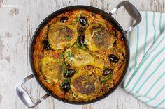 Rezept für Kritharaki, kleine Nudeln, mit Hähnchen und einer tomatigen Sauce. Die Kritharaki werden im Ofen gebacken und bekommen eine tolle Kruste.