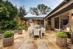 If you are looking for new porches design ideas, we got a full image gallery from top outdoor patios designers. Porches, Outdoor Dining, Outdoor Decor, Home Decor Online, Farmhouse Design, Rustic Interiors, Home Decor Wall Art, My Dream Home, Decoration