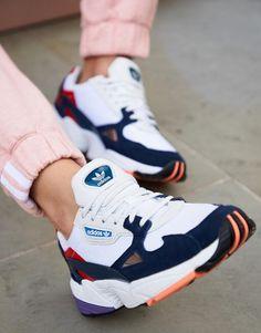 Chaussures Adidas femmes