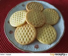 ten je v receptu opomenutý My Favorite Food, Favorite Recipes, Cookie Recipes, Dessert Recipes, High Sugar, Croatian Recipes, Christmas Cookies, Waffles, Rolls