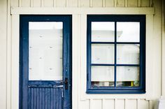❤❤ sea house exterior - white-washed with navy frames