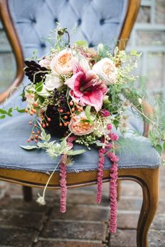 Try star lilies: http://www.stylemepretty.com/2015/04/16/get-the-look-wedding-flower-alternatives/