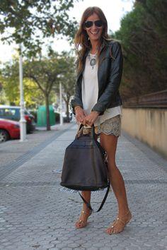 Collar de caballitos y @luciadiezm de escuestiondestilo.com