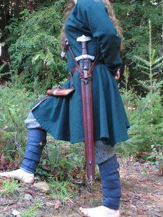 Viking sword and baldric Viking Armor, Viking Men, Viking Sword, Viking Life, Viking Ship, Viking Reenactment, Medieval Costume, Viking Clothing, Historical Clothing