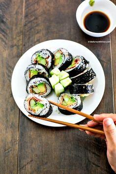 Bacon Avocado Cucumber Sushi Rolls - My Korean Kitchen Cucumber Sushi Rolls, Sushi Love, Sushi Sushi, Asian Recipes, Healthy Recipes, Korean Kitchen, Kimbap, Bacon Avocado, Love Food