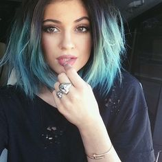 She teased us all with peeks of blonde: | 16 Times Kylie Jenner's Hair Completely Owned 2014