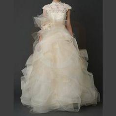 Vera Wang Henriette Wedding Dress $3,200