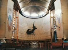 Monumento al Cristo Resucitado Catedral Metropolitana de Barranquilla Mirror, Barranquilla, Caribbean, Colombia, Mirrors