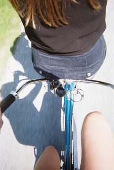 tandem biking! Tandem, Biking, Belt, Accessories, Fashion, Belts, Moda, Waist Belts, La Mode
