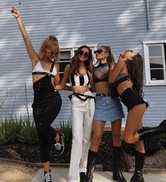 Screamin x Outfits Go Best Friend, Best Friend Pictures, Bff Pictures, Best Friend Goals, Best Friends Forever, Music Festival Outfits, Friend Poses, Gal Pal, Cute Friends