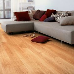 QuickStep PERSPECTIVE Varnished Beech Planks 2v-groove Laminate Flooring 9.5 mm, QuickStep Laminates - Wood Flooring Centre