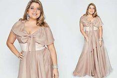 Muito chique, veja mais: http://modaplussize.org/modelos-de-vestidos-longos-plus-size/