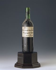 Nipozzano 1974 - Marchese de' Frescobaldi  #TuscanyAgriturismoGiratola Best Italian Wines, Grapes And Cheese, Vintage Wine, Vodka Bottle, Good Things, Drinks, Drinking, Beverages, Drink