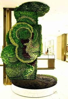 Living Sculpture at Isetan Shinjuku, one of Japan's oldest department stores by botanical artist Makota Azuma