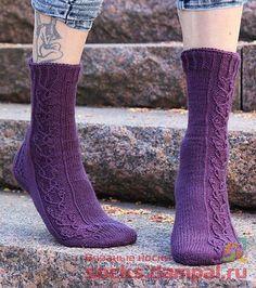 Вязаные носки Lace Socks, Crochet Crafts, Knitting Socks, Ravelry, Knitting Patterns, Slippers, Aesthetics, Socks, Tights