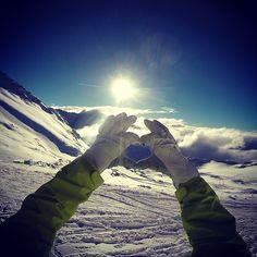 Perfect day snowboarding at Stubai Glacier, Austria Snowboarding, Your Image, Austria, Mount Everest, Mountains, Travel, Snow Board, Viajes, Destinations