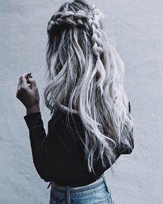 #braids instead of a bun... #rainyday mess ☔️