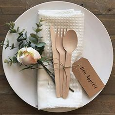 Enjoy a green meal with Efavormart's versatile wooden utensils for eating outdoors or indoors. Unique & classy with their fun and sophisticated designs, our natural bamboo skewers 6 inch are the perfect picks for your delicate hands. Bamboo Plates Wedding, Palm Leaf Plates, Wooden Fork, Disposable Plates, Deco Table, Table Centerpieces, Utensils, Biodegradable Products, Wedding Ideas