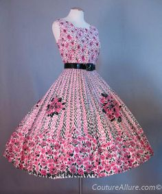 Vintage 50s Dress Full Skirt Cotton Roses Large bust 41 at Couture Allure Vintage Clothing
