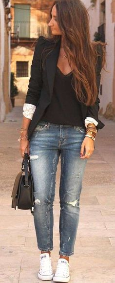 Street Style : Black blazer over a black blouse with distressed boyfriend jeans . - Street Style : Black blazer over a black blouse with distressed boyfriend jeans and white converse sneakers – Source by - Bluse Outfit, Black Blouse Outfit, Black Blazer Outfits, Blazer And Jeans Outfit Women, Denim Outfit, Black Blazer Jeans, White Jeans, Casual Blazer Women, Dress Black