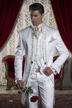 Abito da sposo uomo Barocco in raso bianco ricamato oro