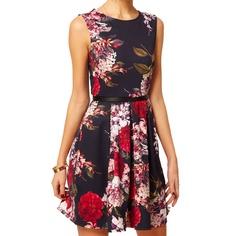 The floral dress $87.35 / La robe fleurie 87,35 $