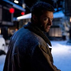 The Wolverine International Trailer with 40-Seconds of New Footage -- A second trailer for director James Mangold's Marvel one-off adventure delves deeper into the story behind Logan's origins. -- http://wtch.it/Xurzs