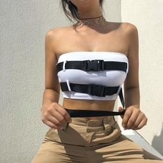 Decoy Buckle Bandeau Top Casual Outfits, Cute Outfits, Fashion Outfits, Fashion Hair, Girl Outfits, White Belt, Types Of Collars, White Tops, Street Wear