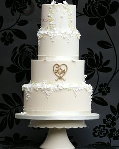 Ivory with White Blossoms Wedding Cake. White Wedding Cakes, Beautiful Wedding Cakes, Wedding Dress Finder, Wedding Dresses, Wedding Cake Designs, Love Cake, Wedding Website, Special Day, Favors