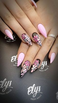 find singles trend/get-inspired-by-these-looks-almondnails-nailart-naillove-floralnails-almo/ people lovenselush Cute Nails, Pretty Nails, My Nails, Fabulous Nails, Gorgeous Nails, Acrylic Nail Designs, Nail Art Designs, Flower Nails, Nail Swag