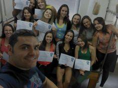 Nosso Professor Giovani Excelentíssimo Profissional, na Turma 31 Belo Horizonte - 2015 e seus alunos expressando e esbanjando felicidade no Curso de Pilates. Parabéns a todos os alunos.  #thepilatesfisiofitness #pilates curso de pilates curso de pilates BH formação pilates