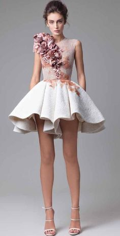 "Krikor Jabotian ""Dahlia"", İ/Y 2016 - Haute couture Couture Fashion, Runway Fashion, Mod Fashion, Bridal Fashion, Fashion Photo, Elegant Dresses, Beautiful Dresses, Cocktail Vestidos, Short Dresses"
