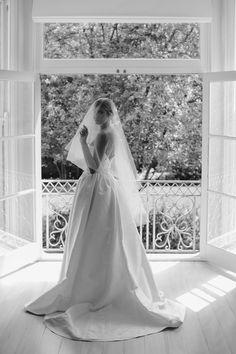 Headpiece Wedding, Wedding Veil, Wedding Dresses, Bridal Headpieces, Bridal Hair, Wedding Goals, Dream Wedding, Wedding Day, Wedding Anniversary